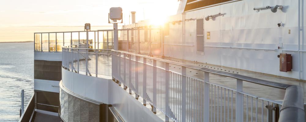 ferryexperts_banner_vikingline_vikinggrace_deck_sonnenaufgang